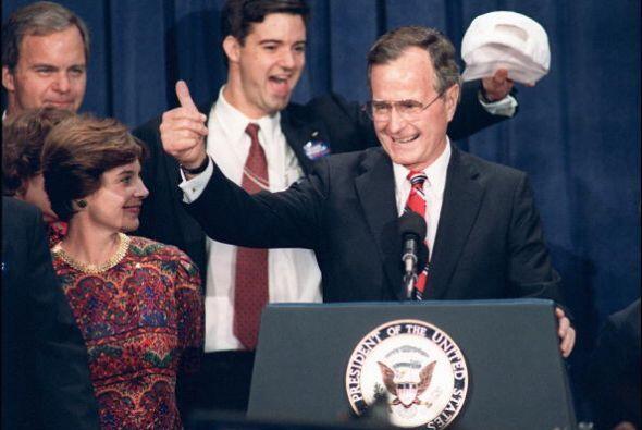 #41 - George H. W. Bush. Mandato desde 20 de enero de 1989, hasta 20 de...
