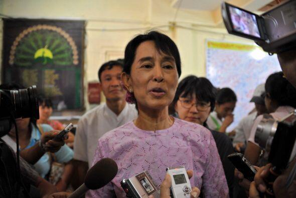 En el área del activismo, Aung San Suu Kyi ha pasado casi 20 a&nt...