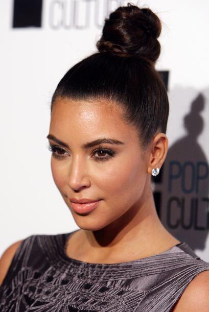 Tierra llamando a Kim o algo así podríamos decir de este chongo que está...
