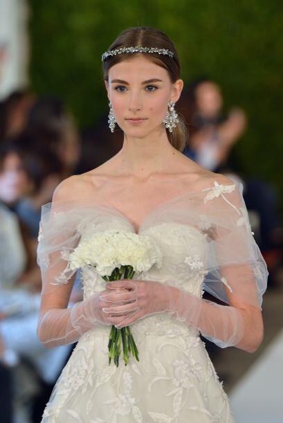 En la última colección para novias del diseñador abundaron los vestidos...