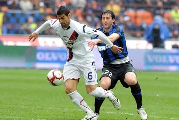 Inter de Milán recibió al Bolonia, con la obligación de ganar ante la pr...