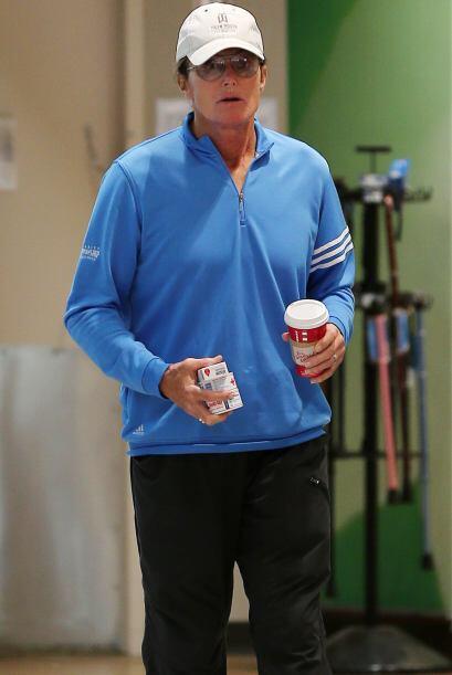 Los rumores siguen y siguen creciendo, pues la imagen de Bruce Jenner ha...