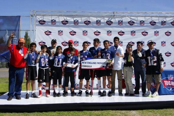 El equipo campeón de ese torneo fue el representativo de Coahuila, y jug...