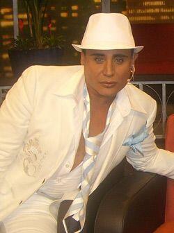 El actor y cantautor Eduardo Antonio también da testimonios impactantes.