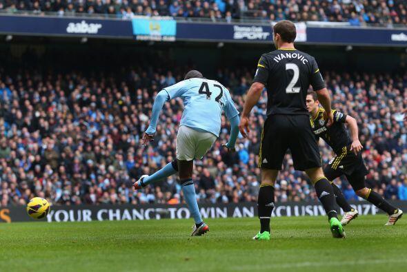 Uno de los líderes del Manchester City, Touré 'mojó' ante el Chelsea par...