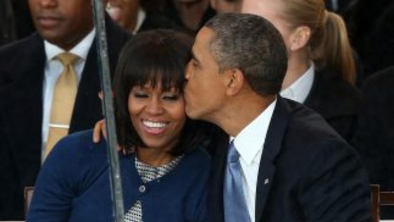 Barack Obama proclamó esta noche que está enamorado de su esposa Michel...