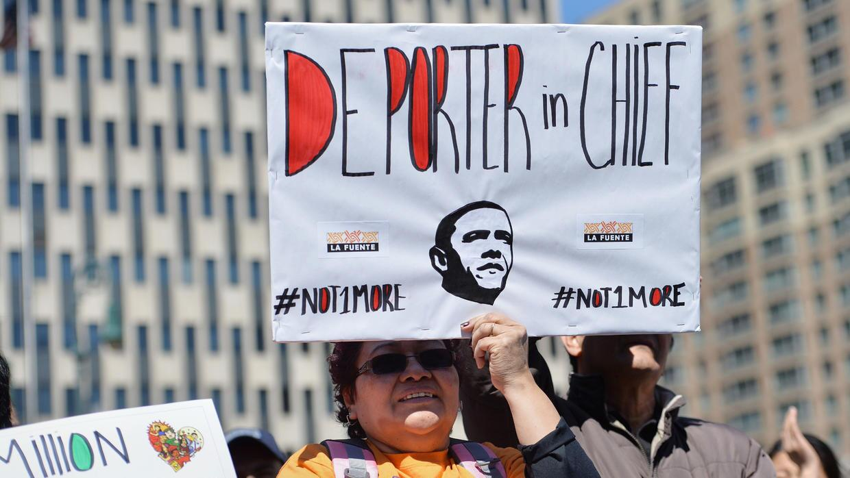 "Inimgrantes dicen a Obama: ""Deportador en jefe"""