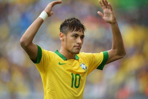 Y aunque Neymar no es el futbolista más sexy de Brasil el chavito anda d...