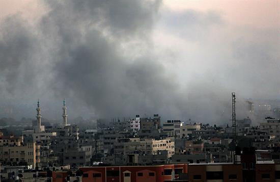 Vehículos de militantes, terrenos y granjas de Hamas tambi&eacute...