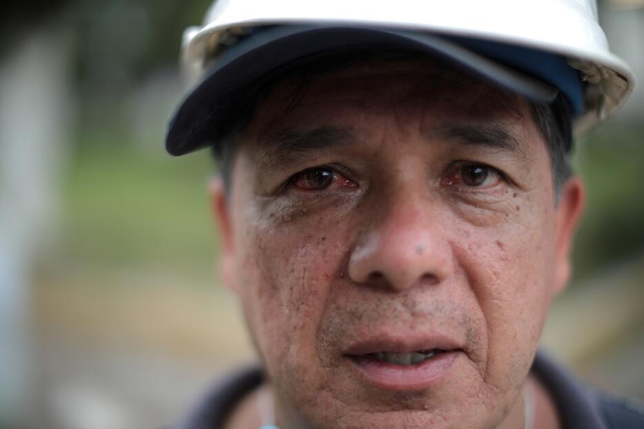Los rostros en la multitud: héroes y sobrevivientes del terremoto en Méx...
