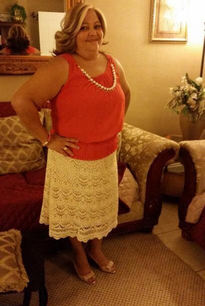 @ElymarSingh: Mi mami bella ella es toma la amo mucho. Tiene 50 y su lem...