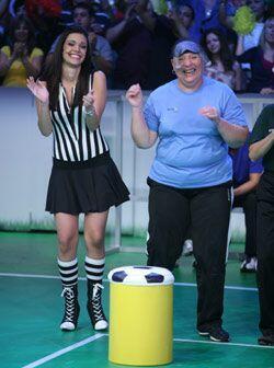 Anabella se divierte mucho en este concurso.