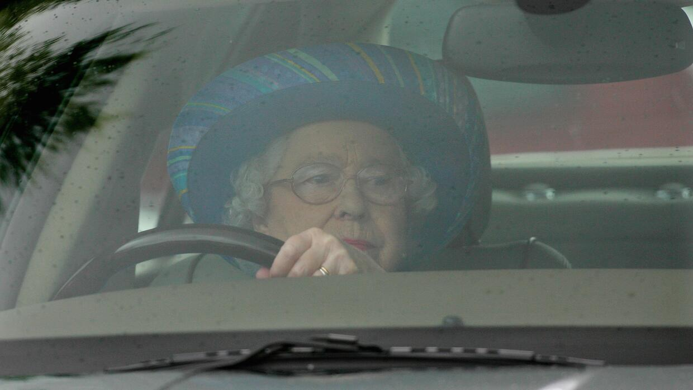 Isabel II del Reino Unido siempre ha sido una aficionada al automóvil.