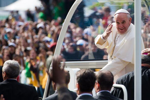 Tal fue el impacto del Papa en Río que las multitudes se aglutina...