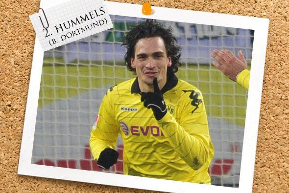 La defensa tiene al alemán Mats Hummels, figura del actual líder de la B...
