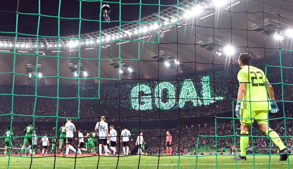 Con Messi y Cristiano ausentes: Argentina y Portugal no pudieron ganar g...