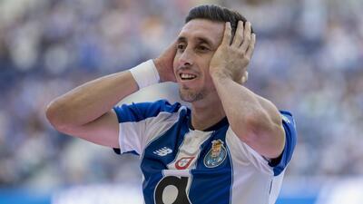 ¡Cañonazos! Goles de Héctor Herrera en la Champions