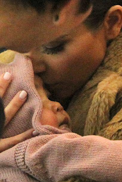 A un mes del nacimiento de su bebé, Kim confesó en su blog que ser madre...