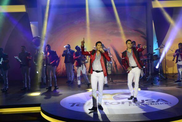 Tanto 'El Flaco' como Samuel dejaron todo su talento en el escenario del...