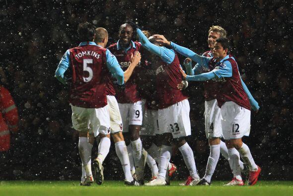 Más tarde llegó el segundo gol, nuevamente de Spector.