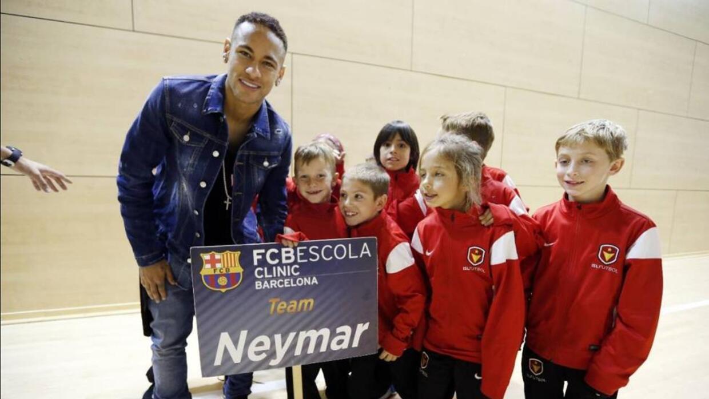 El club barcelona abre escuela en Chicago
