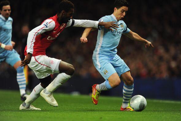 Ya en las acciones del duelo, Nasri no fue el mejor futbolista en el campo.