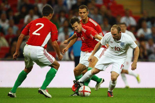 La escuadra de Inglaterra, tras la eliminación en Sudáfrica 2010 ante Al...