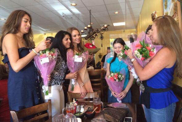 Mira lo bien que la pasó Ximena Córdoba durante el almuerzo que organizó...