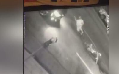 Buscan al conductor que quedó grabado cuando atropelló a un ciclista en...