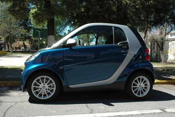 Coupe: Aunque no es el estereotipo del coupe tradicional, el smart fortw...