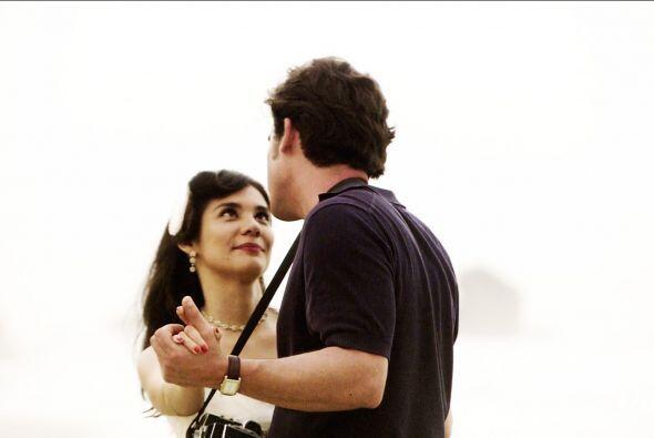 Mariana estaba sorprendida por todo lo que Lázaro sabía de ella.
