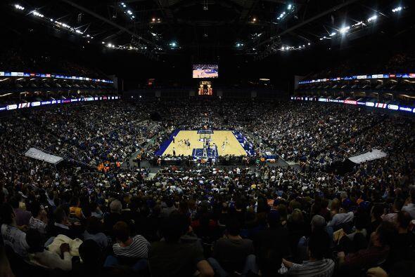 Kareem Abdul-Jabbar, ganador de seis anillos con Los Ángeles Lakers (197...