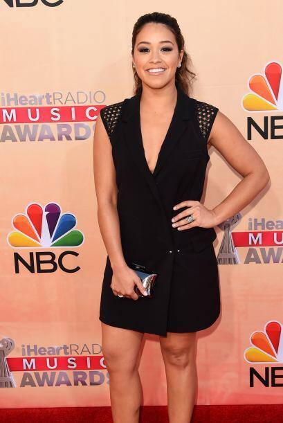Desde que ganó el Golden Globe, a Gina Rodríguez le llueven invitaciones...