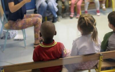 Dos profesoras del Distrito Unificado aseguran que fueron despedidas por...