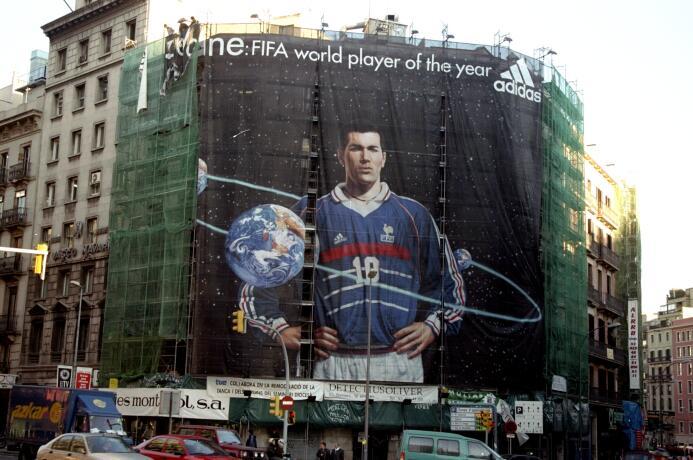 Enhorabuena, Míster Merengue Zinedine Zidane GettyImages-1240073.jpg
