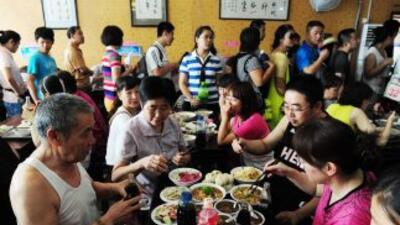 Los restaurantes chinos son los principales consumidores de las aletas d...