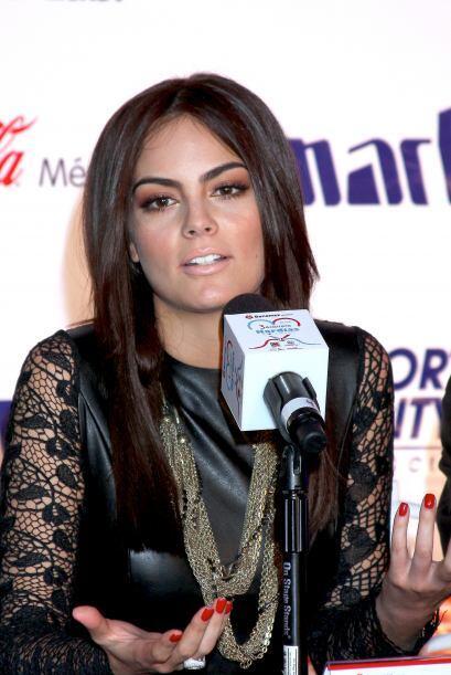 La ex Miss Universo no sólo es bella, ¡también sabe...