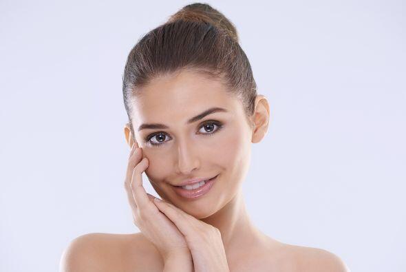 Idebenone. Este antioxidante podría ayudar a la piel a lucir más joven,...