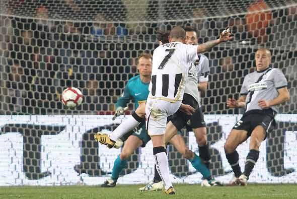 La sorpresa la dio el Udinese al golear al alicaído Juventus.