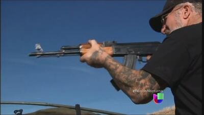 Escasean los rifles AK-47 y aumenta su precio