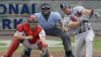 Dan Uggla lleva 25 partidos seguidos conectando de hit.