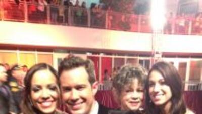Stephanie Ceverino, Roger y Arlena Amaro de Noticias 23 disfrutando de l...