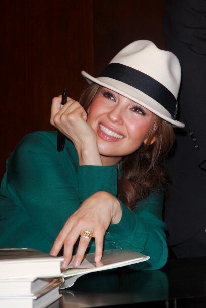 Se dice que Thalía mantuvo un romance secreto con Fernando Colunga.