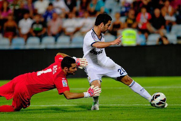Gonzalo Higuaín fue elegido como el delantero titular para este juego y...