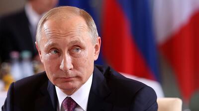 El presidente ruso Vladimir Putin durabte una reunión en Berlín, el 19 d...