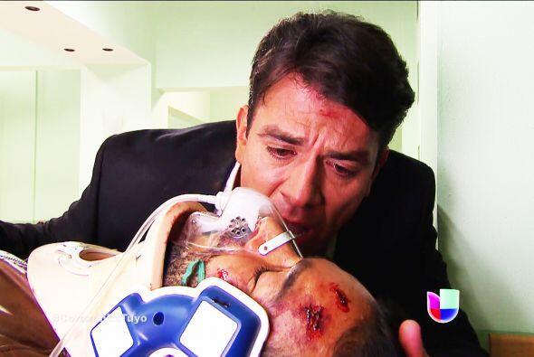 ¡Eso Fernando! Dile a Diego cuánto lo quieres y cuánto lo necesitas, él...