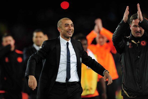 Estos 11 talentos del fútbol son dirigidos por el entrenador suizo-itali...