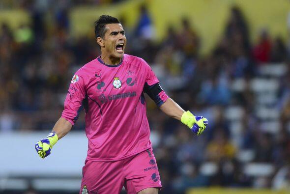 Oswaldo Sánchez sólo tendría un par de opciones que serían jugar en la M...