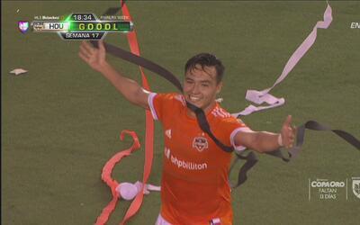 'Cubo' Torres hace su 11avo gol y pone el 1-0 de Houston Dynamo a FC Dallas