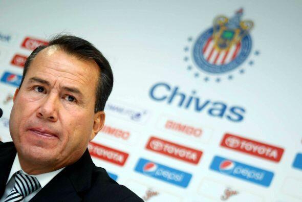 Efraín Flores no sólo fracaso como entrenador, también lo hizo como dire...